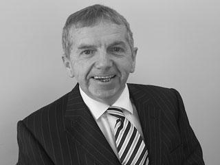 Roger Hawkins CeMap, CeRER, DipFA